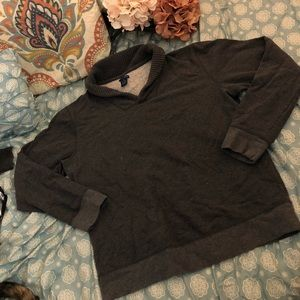 Men's sweater v-neck
